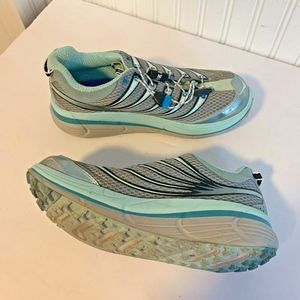 Hoka One One Womens Sz 9 Blue Keep Running Ortholi